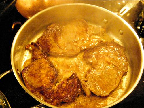 steakeggs_steakturnedonce