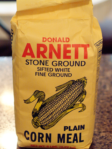 Fine ground white cornmeal - Arnett's brand