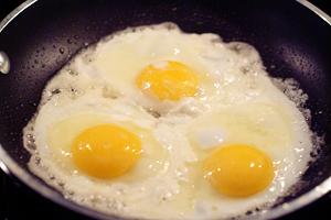 EggMuffin_cookeggs
